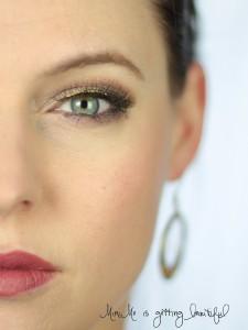 MiniMe is getting beautiful Nachgeschminkt Glitzer Eyeliner 2