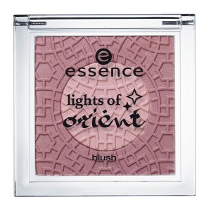 Essence lights of orient blush (2)