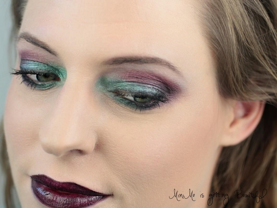 Nachgeschminkt Purple & Green Eyes