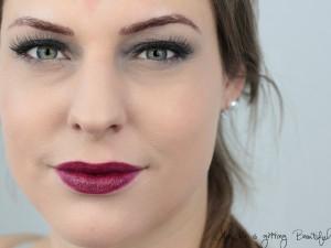 nachgeschminkt-matt-eyes-bold-lip-front